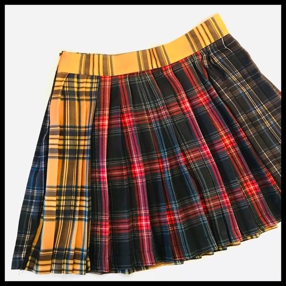 7d817571f4 Mixed plaid pleated mini skirt. M_5c238a2c4ab633d6915fabc1